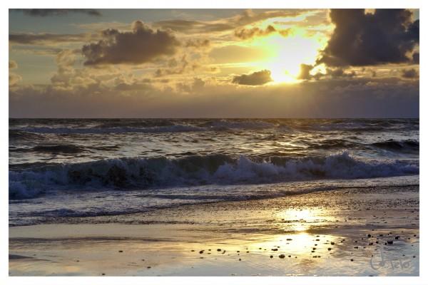 Sonnenuntergang in Lønne Stranden